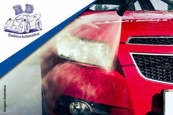 Lavagem externa + secagem + limpeza interna + Pretinho nos Pneus no RD Estética Automotiva por apenas R$ 29,90.