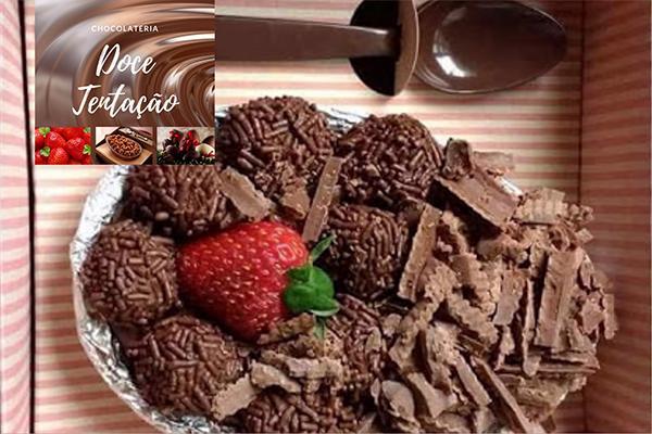 Ovo de Colher de 500g Recheio Brigadeiro, Ninho, Beijinho, Limão e Maracujá na Chocolateria Doce Tentação. Por apenas R$ 35,00!
