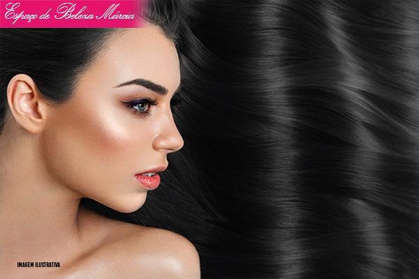 Botox Capilar no Espaço de Beleza Márcia, de 120,00 por apenas 49,99.